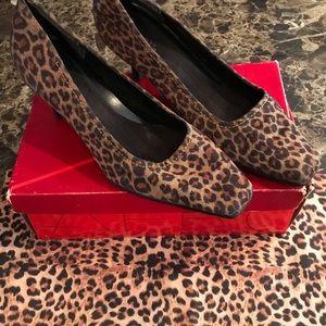 Aerosoles ENVY Leopard Combo Shoes